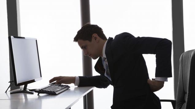 dolori-alla-schiena-e-all-apparato-muscolo-scheletrico-e-il-mal-d-ufficio-jpg-preview-default