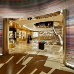Louis Vuitton Store by Vetreria Bazzanese, Roma