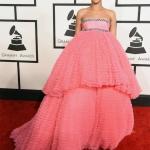 Rihanna in Giambattista Valli   Grammys 2015