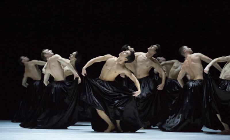 Gyori Ballet - Bolero foto