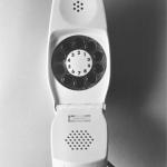 Telefono a conchiglia Grillo, realizzato assieme a Marco Zanuso nel 1965 per Siemens, Compasso d'Oro nel 1967