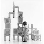 Seggiolina per bambini K1340 realizzata assieme a Marco Zanuso nel 1964 per Kartell, Compasso d'Oro nel 1964