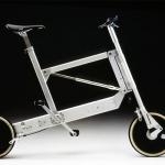 """Bicicletta pieghevole zoombike creata per l'azienda elettromontaggi nel 2000. Fece vincere a Sapper il suo decimo """"Compasso d'Oro"""""""