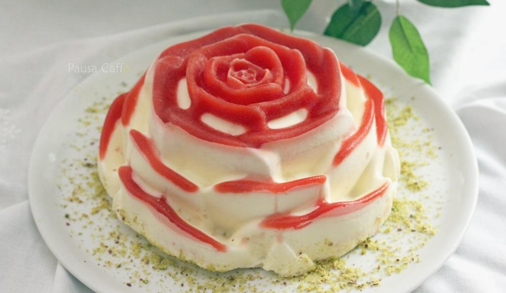 Rosa-di-panna-cotta-e-fragole-41-si