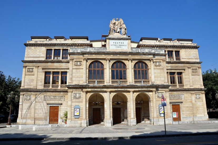 teatro-a-messina-vittorio-emanuele-ii-copia