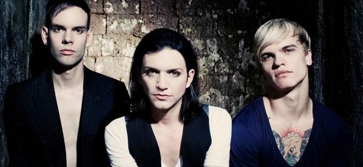 Placebo-live-in-Italia--740x342.jpg.pagespeed.ce.QdLNWSwAvS
